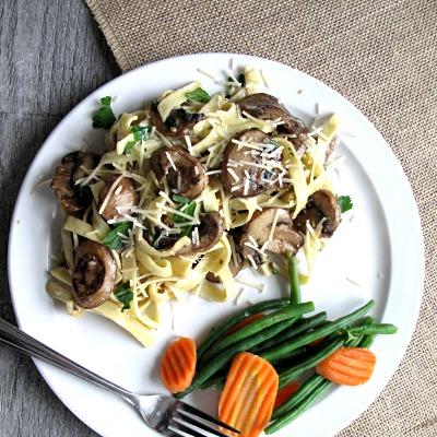 Country Pasta Mushroom Garlic Fettuccine