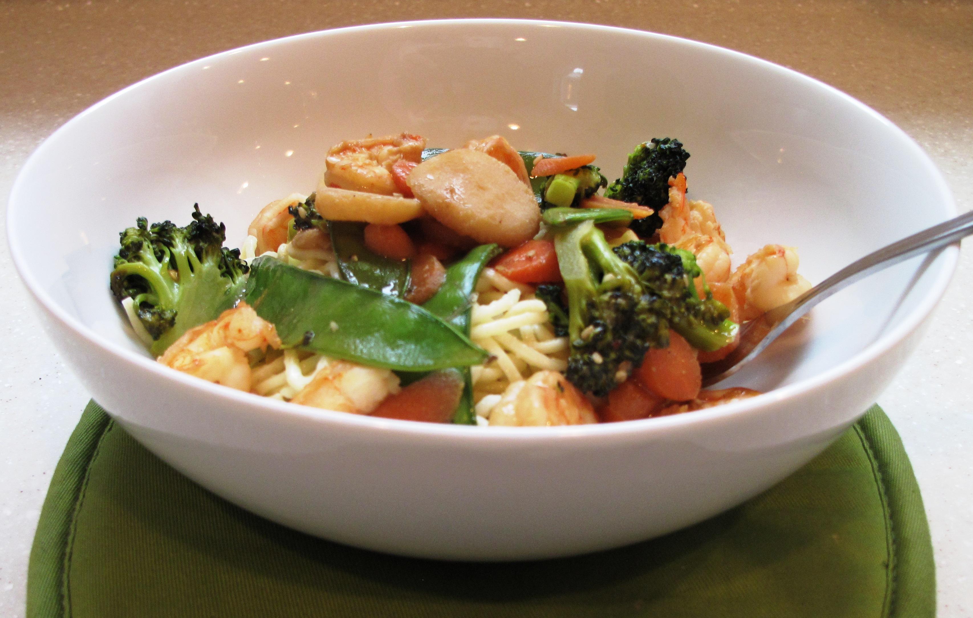 veggie shrimp pasta stir fry